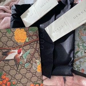 a simple authentic Gucci bag